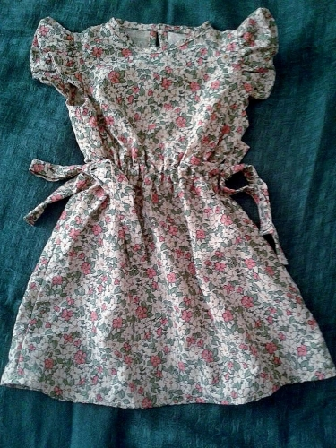 vêtement enfant,robe fillette,liberty,burda